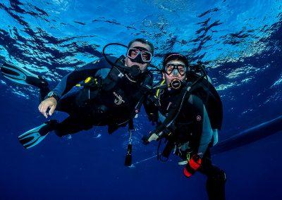 Tandem Divers